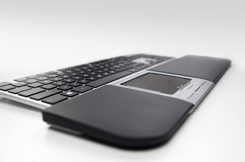 Ergonominen Optapad Extended kosketushiiri - toimii kuin älypuhelimen näyttö